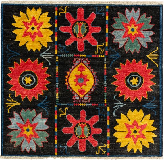 Bordered  Floral Black Area rug Square Indian Hand-knotted 280274
