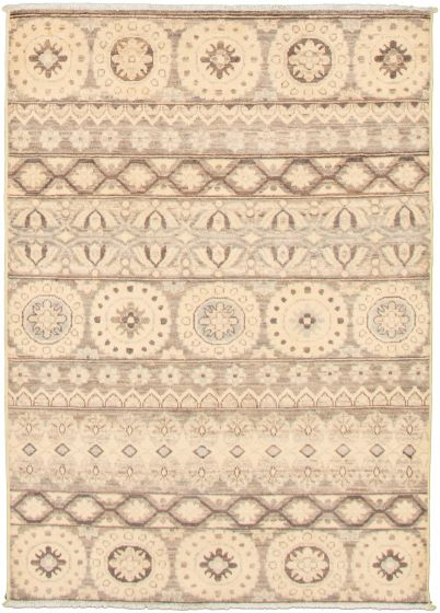 Casual  Transitional Ivory Area rug 3x5 Pakistani Hand-knotted 338981