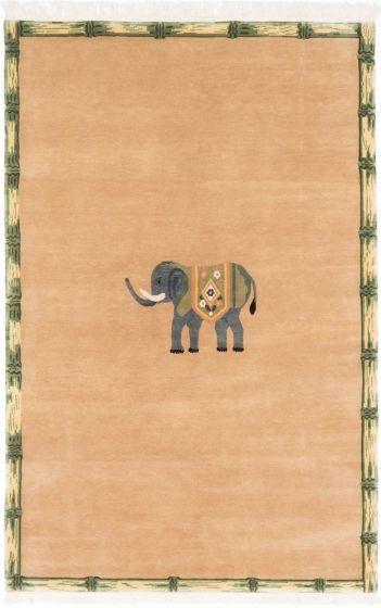 NoveltyNovelty Ivory Area rug 5x8 Nepal Hand-knotted 199655