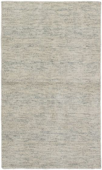 Grey rug small