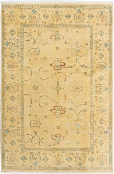 Bordered  Traditional Ivory Area rug 5x8 Pakistani Hand-knotted 280574