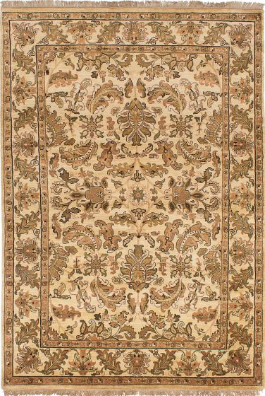 Traditional Ivory Area rug 5x8 Indian Hand-knotted 230554