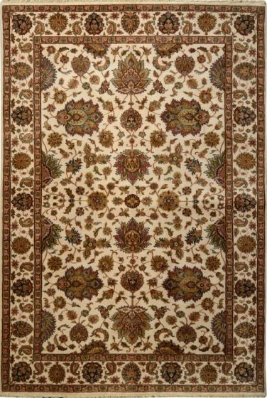 Traditional Ivory Area rug 5x8 Indian Hand-knotted 145