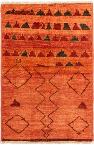 Casual  Transitional Pink Area rug 4x6 Indian Hand-knotted 280533