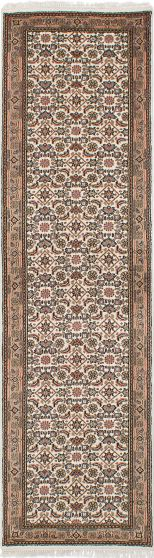 Traditional Ivory Runner rug 10-ft-runner Indian Hand-knotted 236079
