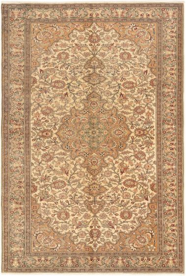 Bordered  Traditional Ivory Area rug 6x9 Turkish Hand-knotted 280985