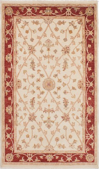 Traditional Ivory Area rug 4x6 Indian Hand-knotted 223714