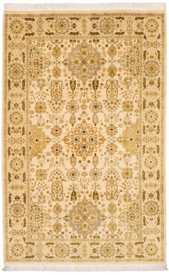 Bordered  Traditional Ivory Area rug 5x8 Pakistani Hand-knotted 330513