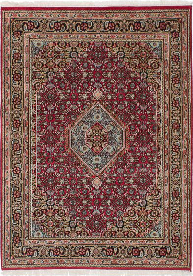 Traditional Red Area rug 4x6 Indian Hand-knotted 236420